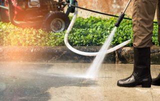 Gärtner bei der Arbeit | Immobilienmangement